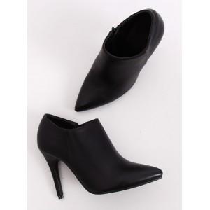 Členkové dámske topánky v čiernej farbe