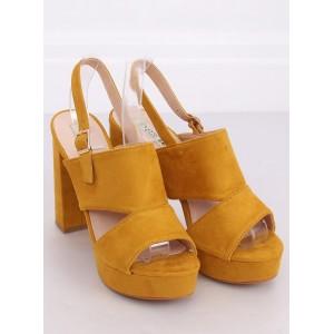 Moderné dámske sandále na platforme v žltej farbe