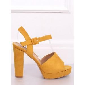 Žlté sandále na platforme pre dámy