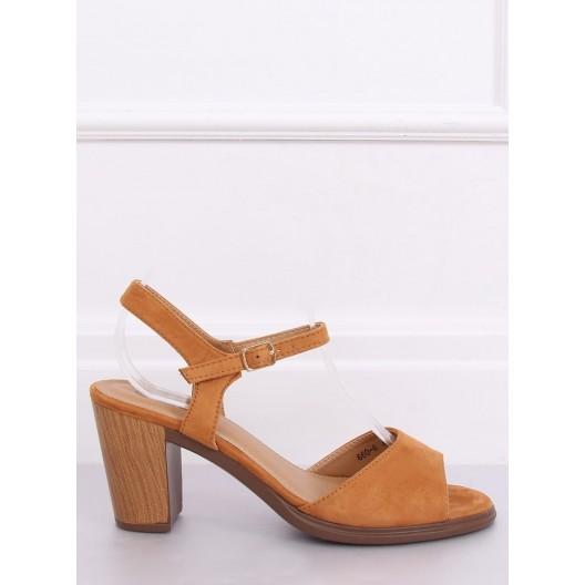 Letné semišové dámske sandále na podpätku