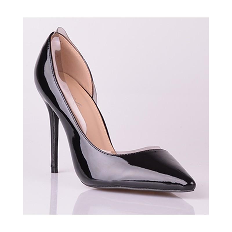 8981db2889 Elegantné dámske lodičky čiernej farby lesklé - fashionday.eu