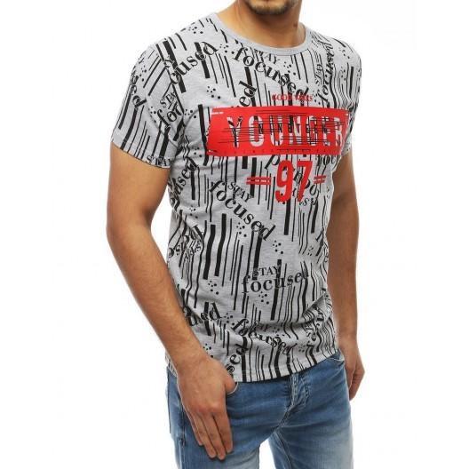 Letné tričko s potlačou na prednej strane a rukávoch