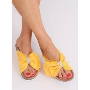 VEĽKOSŤ 40 Moderné dámske žlté šľapky so strapcami a zirkónmi SKLADOM