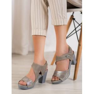Moderné dámske sandále na hrubom podpätku