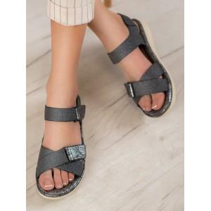 Dámske extravagantné sandále na nízkom podpätku