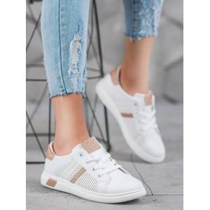 Moderné dámske topánky na leto v bielej farbe