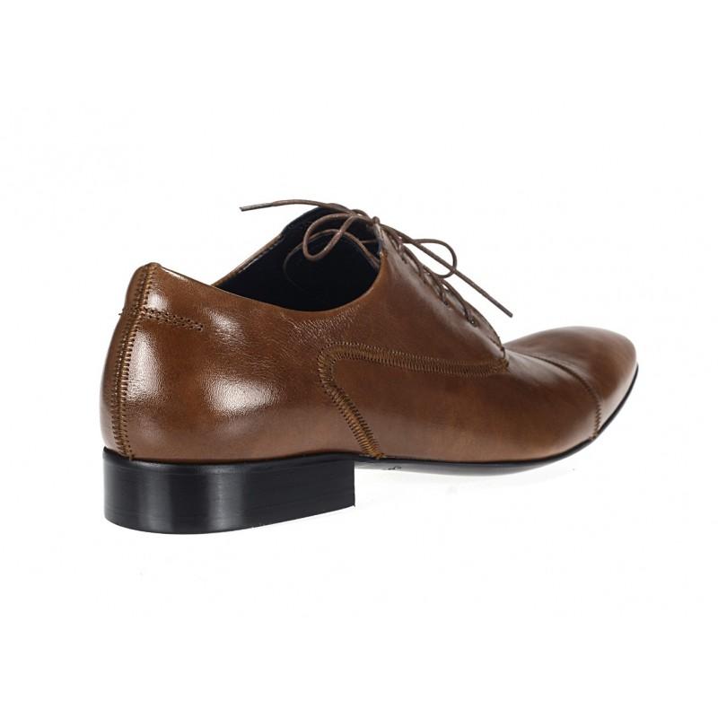 ... hnedej farby COMODO E SANO · Elegantné kožené pánske topánky ... 4640fb122f8