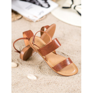 Nízke dámske letné sandále v hnedej farbe