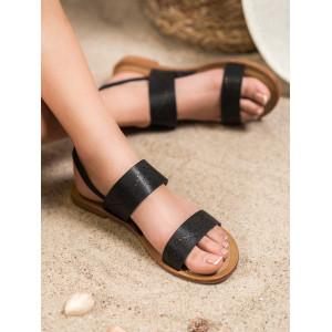 Dierkované dámske sandále v čiernej farbe