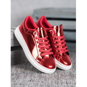Moderné dámske tenisky v červenej farbe na šnúrovanie