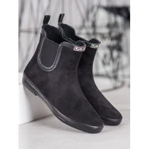 Dámske semišové kotníkové topánky v čiernej farbe