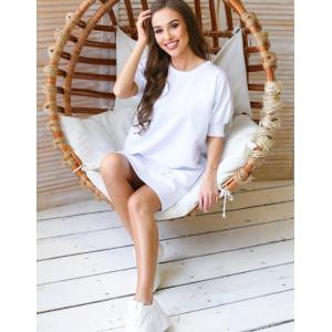 Dámske športové šaty v bielej farbe