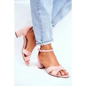 Ružové dámske sandále s decentným prekríženým vzorom