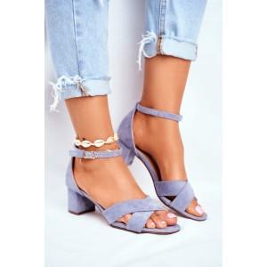 Elegantné dámske semišové sandále v krásnej modrej farbe