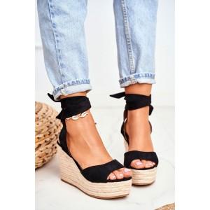 Dámske čierne sandále na platforme s módnym viazaním