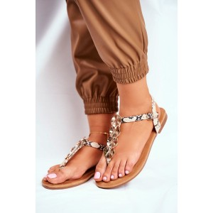Krásne dámske sandále s hadím vzorom a ozdobnými kruhmi