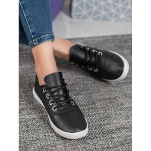 Pohodlná dámska letná obuv čiernej farby