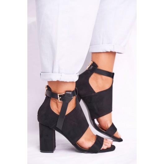 Designové dámske čierne sandále na plnom opätku
