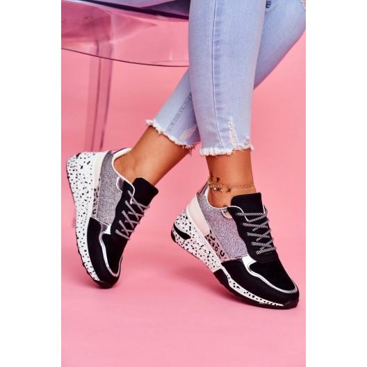 Trendy dámske čierne tenisky na ozdobnej platforme