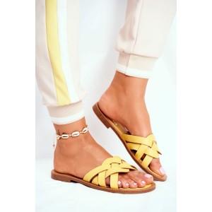 Dámske žlté šľapky s pletencovým vzorom