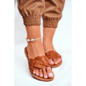 Trendy dámske hnedé šľapky na leto