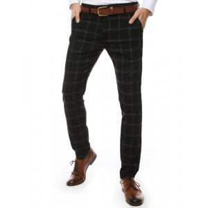 Moderné pánske chino nohavice v čiernej farbe