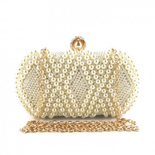 Krásna dámska biela listová kabelka s perlami a retiazkou
