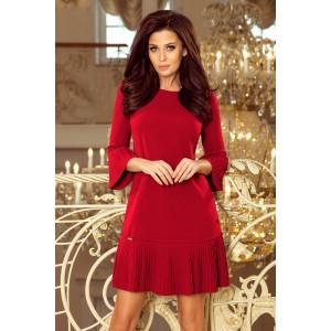 Výrazné dámske bordové spoločenské šaty s plisovaním