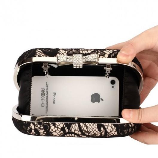 Spoločenská dámska strieborná listová kabelka s čiernou čipkou