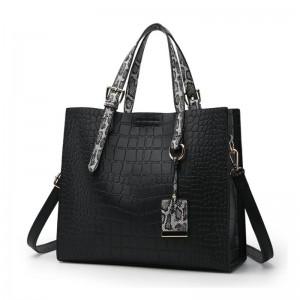 Čierna shopper kabelka dámska s originálnou haďou potlačou