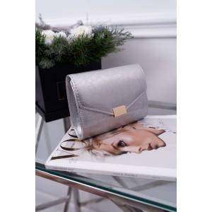 Strieborná dámska listová kabelka so zlatým kovaním