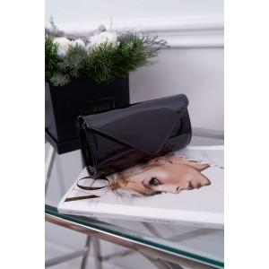 Štýlová dámska lakovaná listová kabelka s odnímateľnou retiazkou