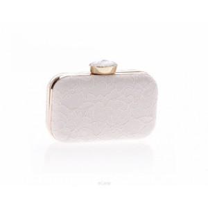 Romantická biela listová kabelka s rafinovanou čipkou