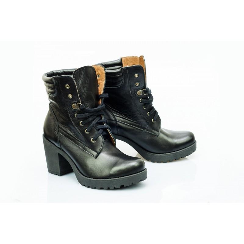 281404ee0a15 Štýlové kožené dámske topánky čiernej farby - fashionday.eu