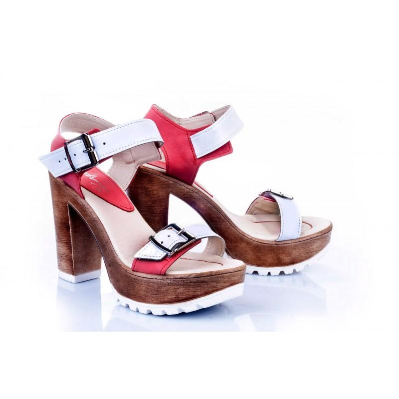 21e4d34fe4d2 Predchádzajúci. Kožené dámske sandále v bielo-červenej farbe ...