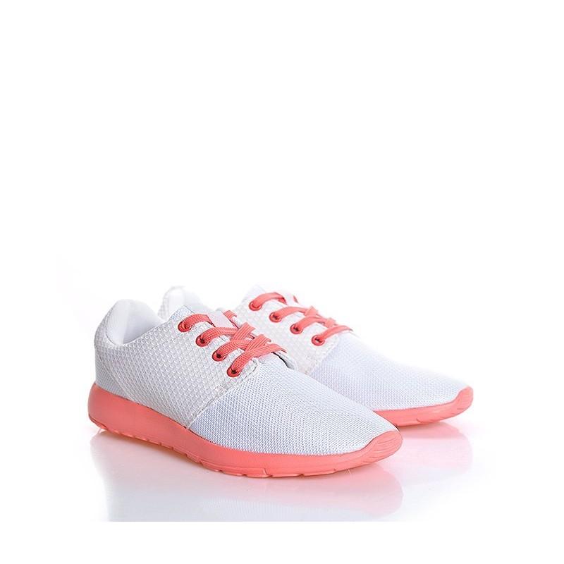 b7e01ce7cc Dámske športové tenisky na voľný čas bielej farby - fashionday.eu