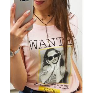 Trendy dámske ružové tričko s módnou potlačou