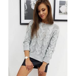 Krásny dámsky sivý pletený sveter s bočnými rozparkami