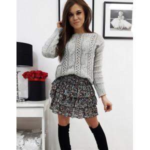 Krásny jednofarebný pleteny dámsky sivý sveter