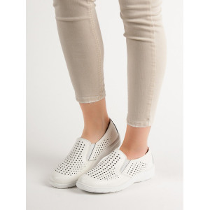 Pohodlné dámske biele slip on jarné topánky