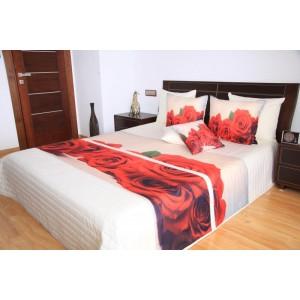 Biely prehoz na posteľ s červenými ružami