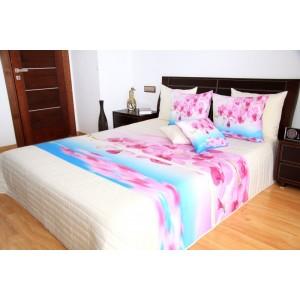 Biely prehoz na posteľ s ružovou orchideou