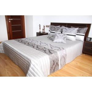 Strieborný prehoz na posteľ s ornamentom