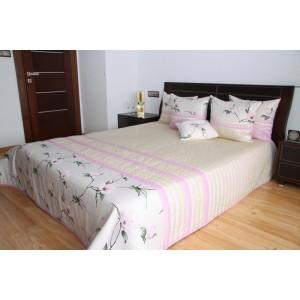 Elegantný prehoz na posteľ s kvetmi