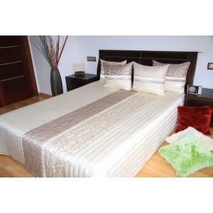 Luxusný prehoz na posteľ so vzorom kvetov