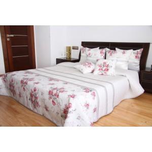 Prehoz na manželskú posteľ s kvetmi