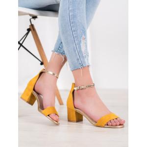 Žlté dámske semišové sandále so zlatým remienkom