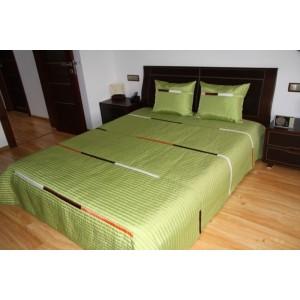 Zelený prehoz na manželskú posteľ