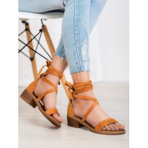 Originálne dámske letné sandále v hnedej farbe