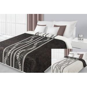 Čierny prehoz na posteľ s kvetovým vzorom